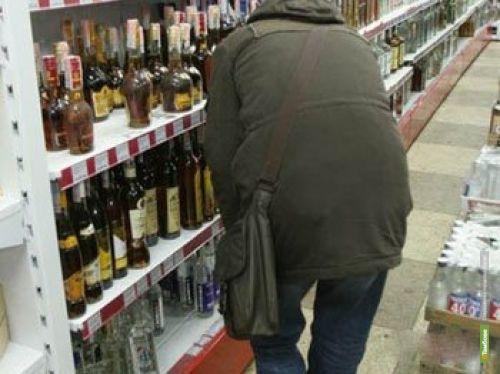 Безработный тамбовчанин вынес из супермаркета спиртное