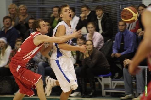 Баскетболисты из Тамбова уступили Брянску