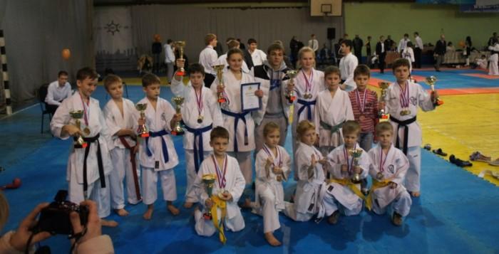 Тамбовские каратисты привезли домой 5 золотых медалей