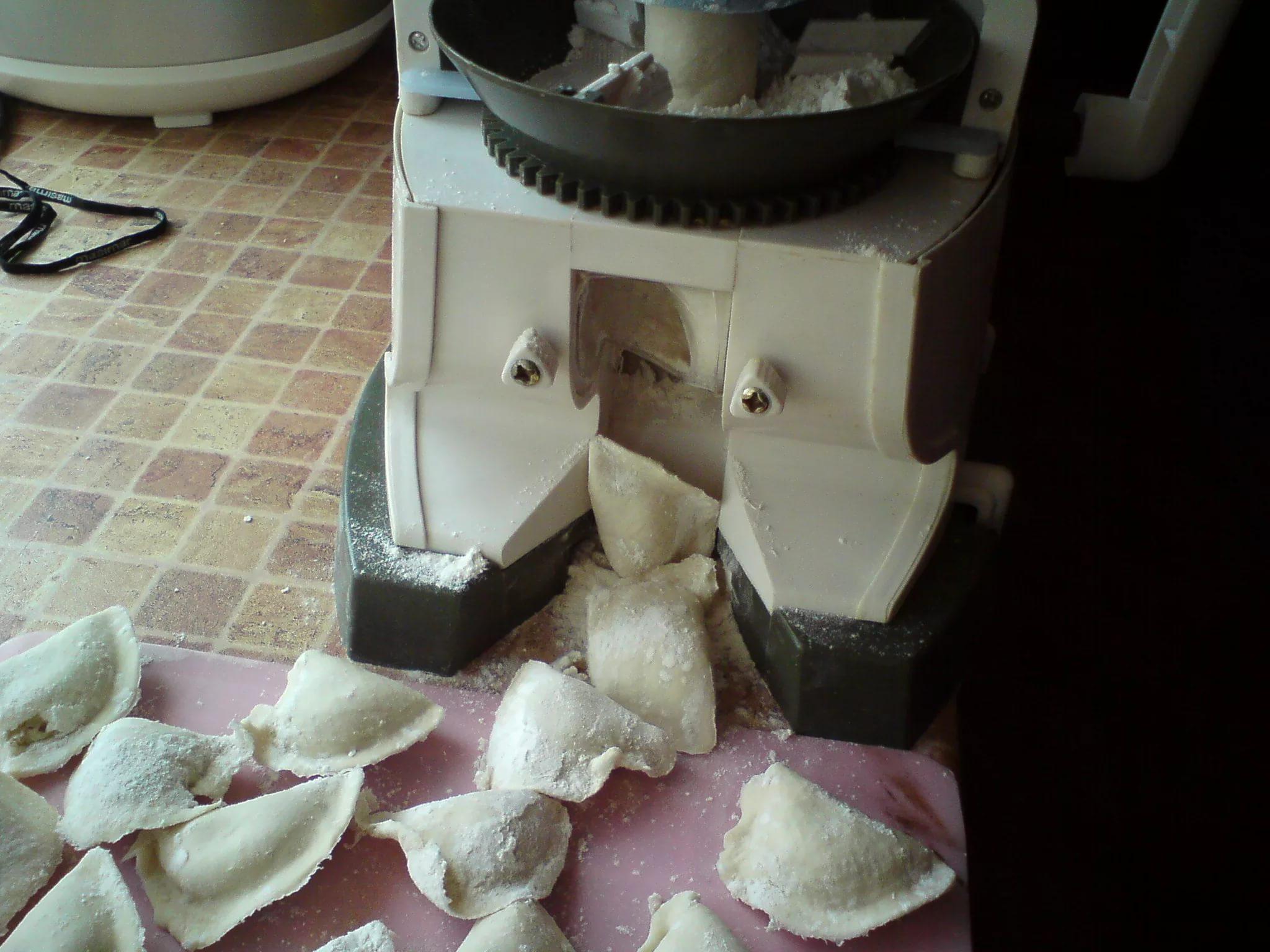 Изготовление вареников аппарат для домашних условий