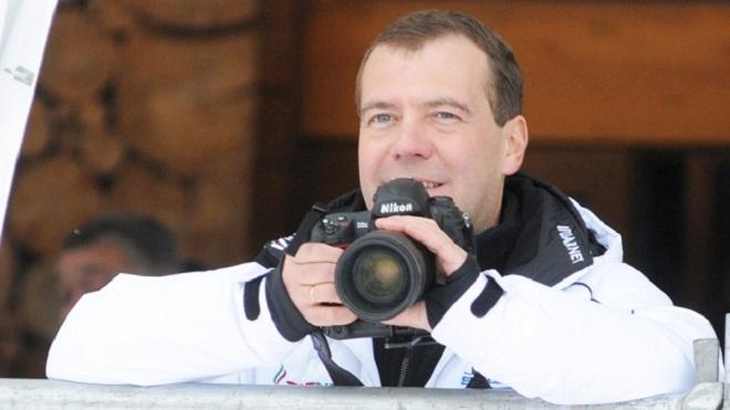 Мир глазами премьера: в Китае открылась фотовыставка Дмитрия Медведева
