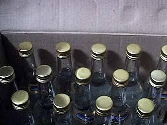 Тамбовчанку задержали за торговлю «паленой» водкой