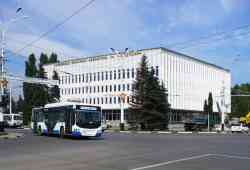 Площадь Ленина завтра вечером закроют для транспорта