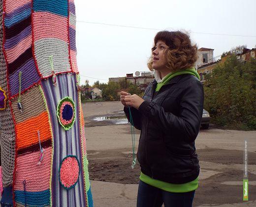 Рассказовцы украсят вязаными цветами один из микрорайонов
