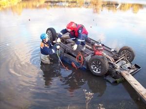 На Тамбовщине молодая девушка утонула вместе с машиной