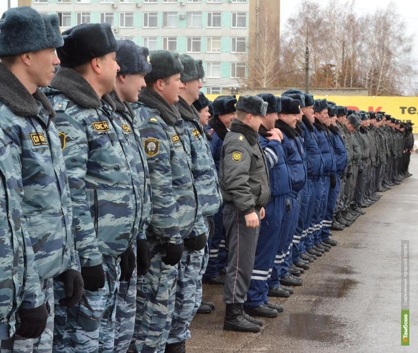 Перекрёсток улиц Гастелло и Гагарина собрал все подразделения городской полиции