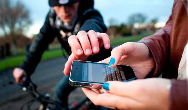 За месяц у тамбовчан украли 46 мобильников