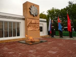 В Токаревском районе увековечили в граните имена погибших воинов