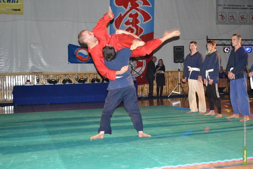 Тамбовский самбист вернулся с первенства России серебряным призером