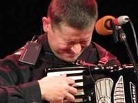 Тамбовчанин Кушнеревич сыграет «Елисейские поля» на аккордеоне