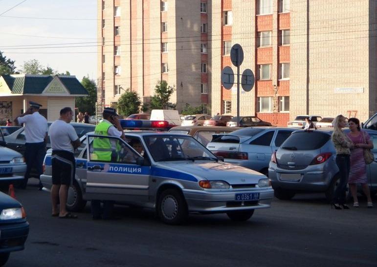 В Кирсановском районе столкнулись две легковушки