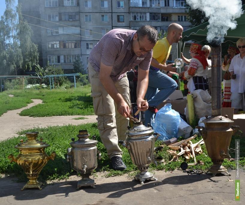 Чай-человек организует в Тамбове музей самоваров