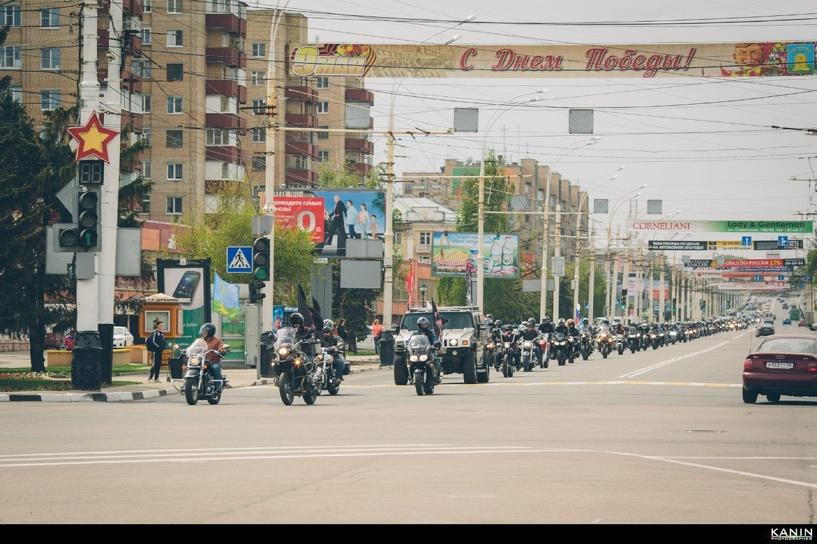 По тамбовским улицам проехали сотни байкеров