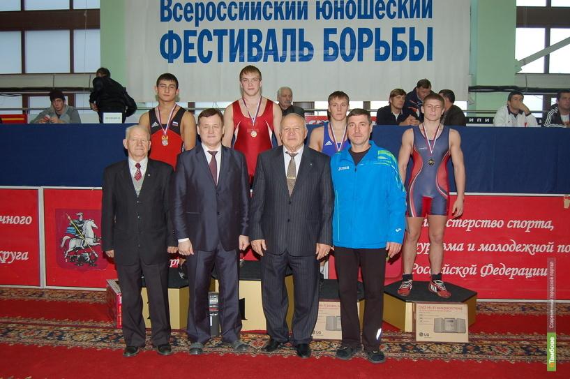 Тамбовчанин стал победителем греко-римской борьбы в Москве