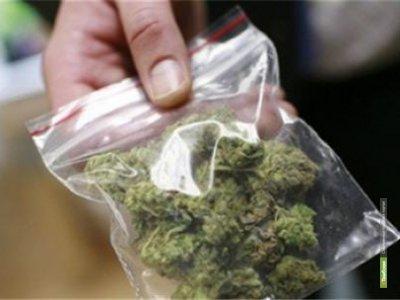 За сутки полицейские зарегистрировали 3 факта, связанных с незаконным оборотом наркотиков
