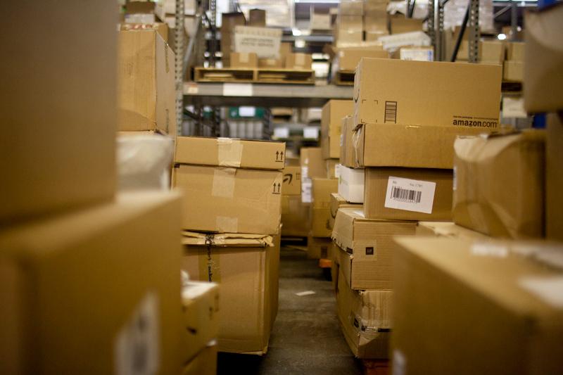 Россиянам разрешат не платить пошлину за импортные посылки дешевле 150 евро