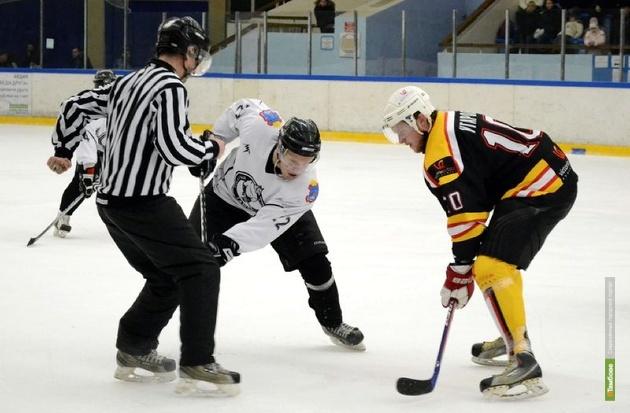 Тамбовские хоккеисты скатились на предпоследнюю строчку в «турнирке»