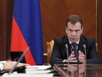 Дмитрий Медведев обвинил интернет в искажении образа «ЕР»