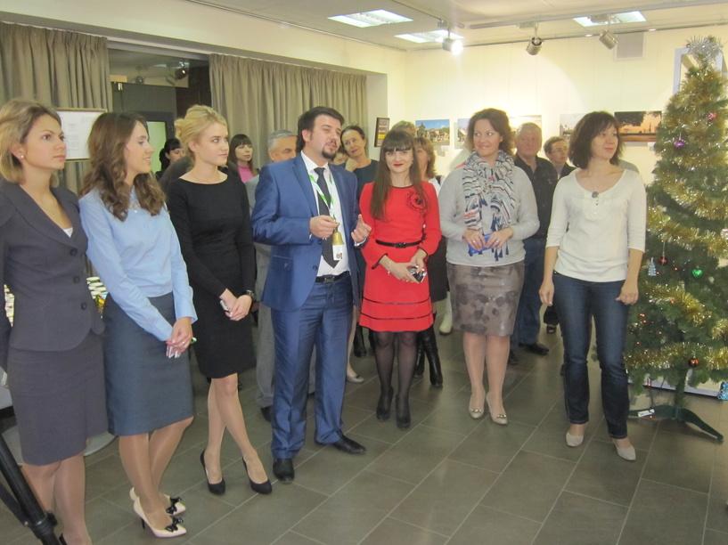 В Тамбове открыли благотворительную выставку в Сбербанке