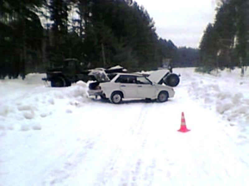 На трассе в Моршанском районе грузовик не пропустил легковушку