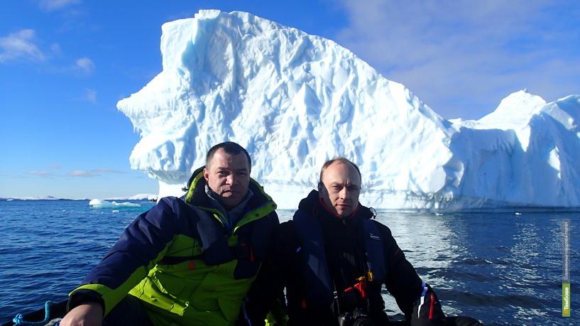В Антарктиде установили флаг Тамбовской области