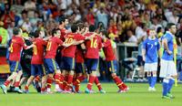 Испанцы в третий раз стали чемпионами Европы