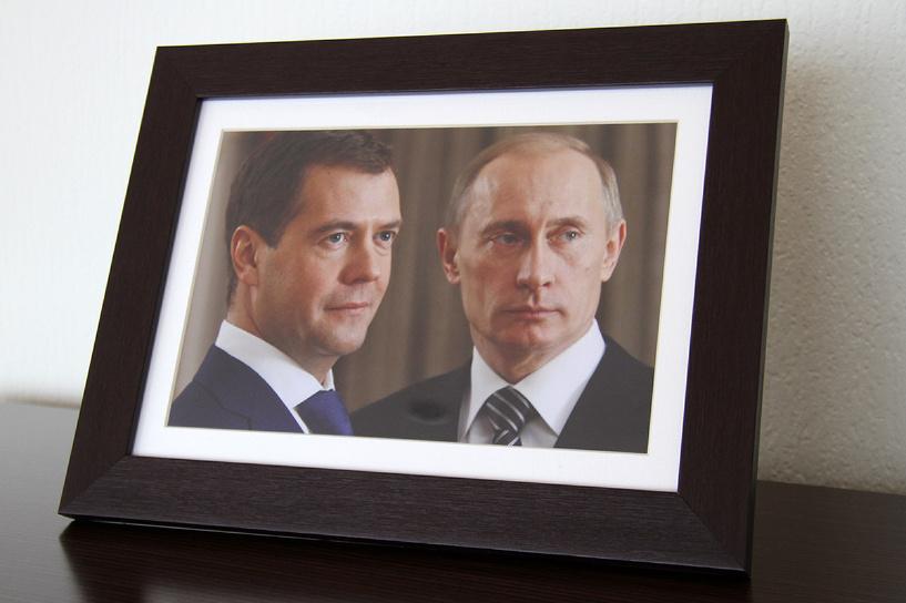 Владимир Путин за год заработал меньше, чем Дмитрий Медведев