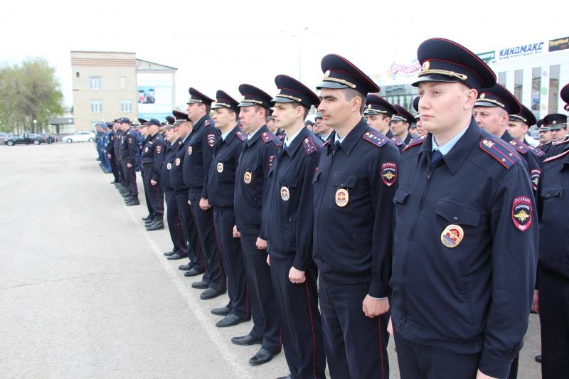 В Тамбове прошёл открытый гарнизонный строевой смотр полиции
