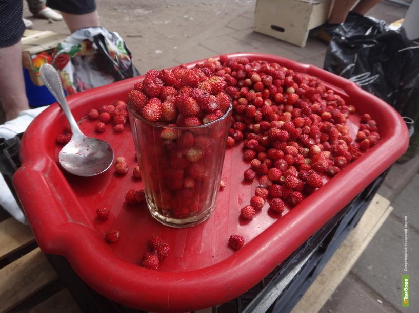 Тамбовские торговцы открыли сезон земляники