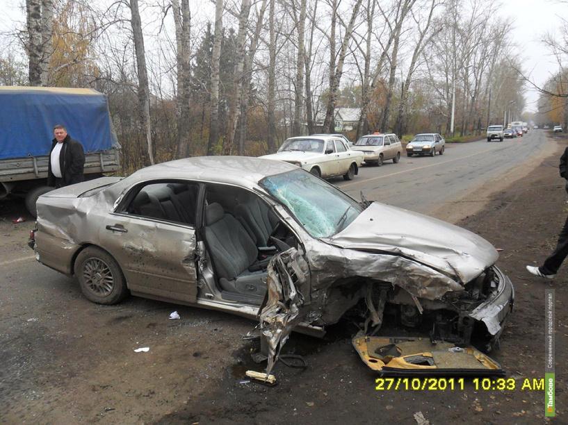 Яма на дороге стала причиной аварии под Тамбовом