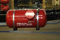 Медведев намерен перевести все машины на газ