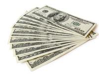 Новая 100-долларовая банкнота вводится в обращение в США