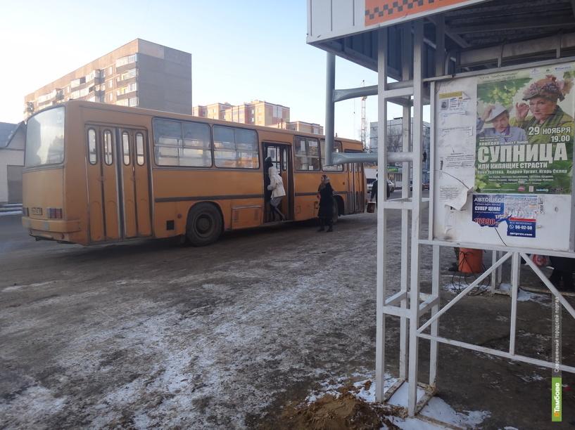 Тамбовчане ждут автобус по полчаса