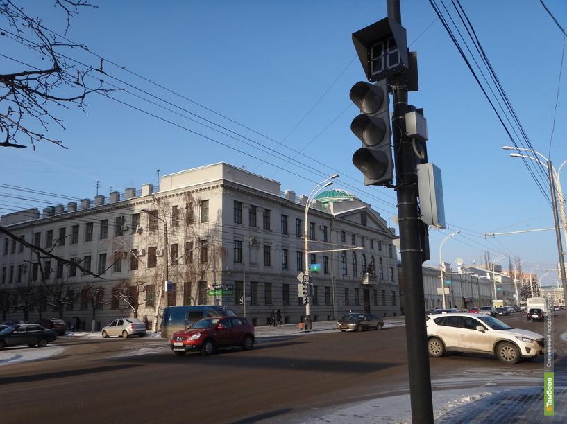 В Тамбове на Советской установили ещё один светофор