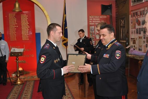 Начальник региональной полиции поздравил участковых с праздником