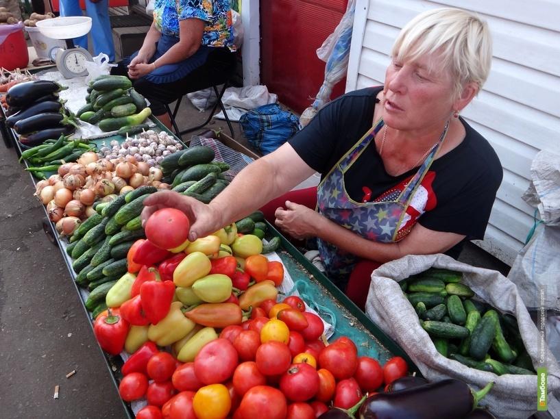 На тамбовских рынках начался бум местных овощей и фруктов