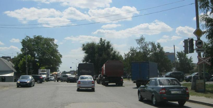 В Тамбове не поделили дорогу четыре автомобиля
