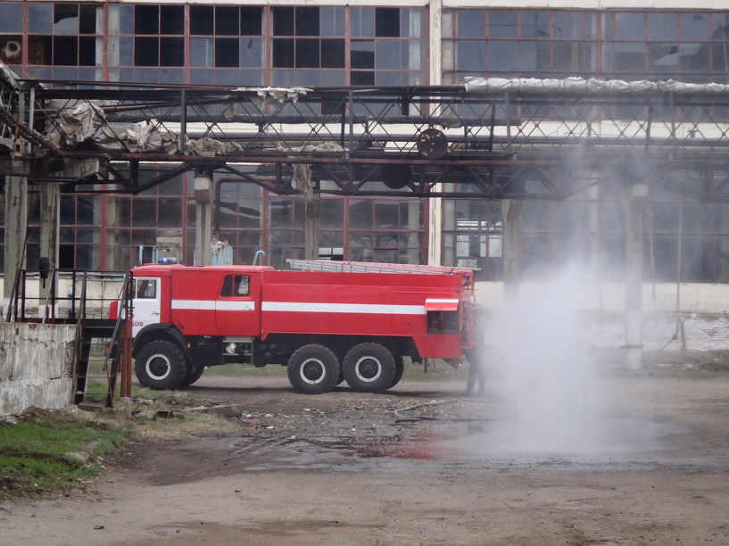 В Котовске огнеборцев дважды поднимали по тревоге
