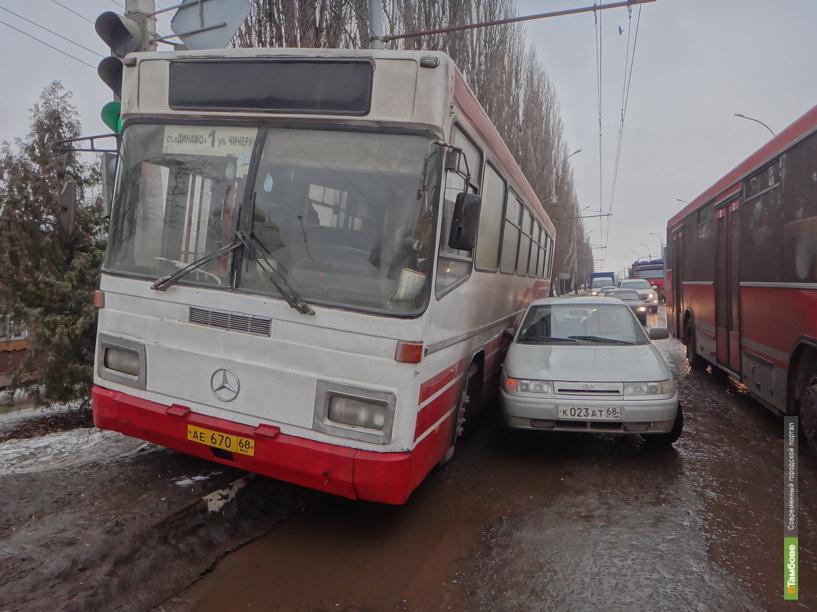 За полгода в Тамбовской области в ДТП попали 15 пассажирских автобусов