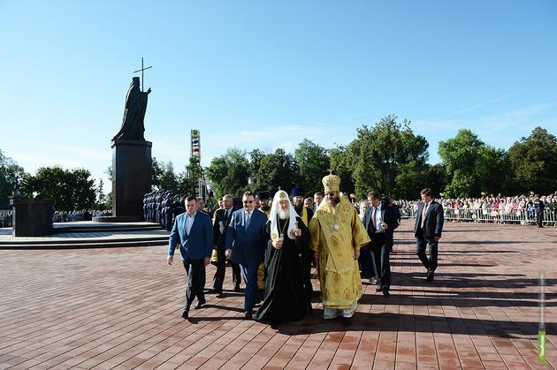 На Соборной площади установят ещё четыре скульптуры святых