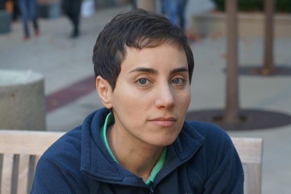 Впервые престижной Филдсовской премией по математике наградили женщину