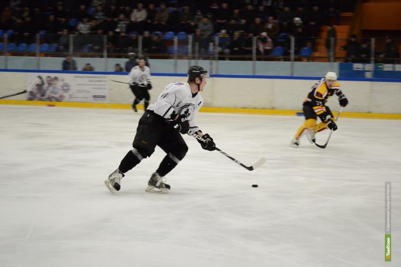 Официальную точку в сезоне тамбовские хоккеисты поставят товарищеской игрой