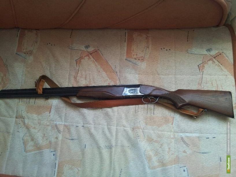 Тамбовчанин незаконно хранил в своей квартире оружие