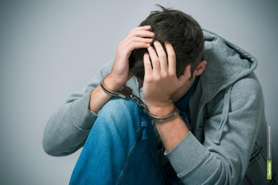Токаревский подросток, обворовавший склад, отделался запретом гулять по ночам