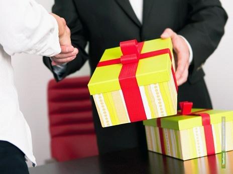 Тамбовских чиновников могут заставить рассказывать о подарках, полученных на госслужбе