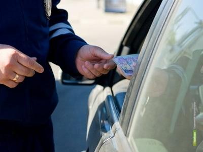 Тамбовские полицейские нашли у столичного коллеги поддельные документы