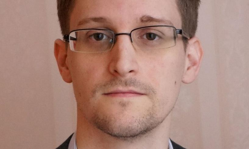 Сноуден решил пойти на сделку с властями США