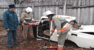 Тамбовские спасатели отработали навыки ликвидации последствий ДТП