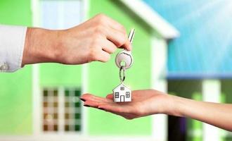 «Комфортная» ипотека: в среднем семья должна получать почти 70 тысяч рублей