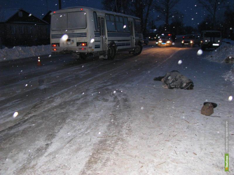 Тамбовчанка погибла под колесами автобуса
